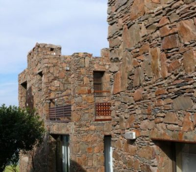 Stoneage-Cape-Town-Stone-Masons-Kraalmure-Packed-Entrance-Walls (6)