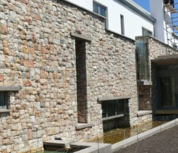 Stoneage-Cape-Town-Stone-Masons-Kraalmure-Packed-Entrance-Walls (8)